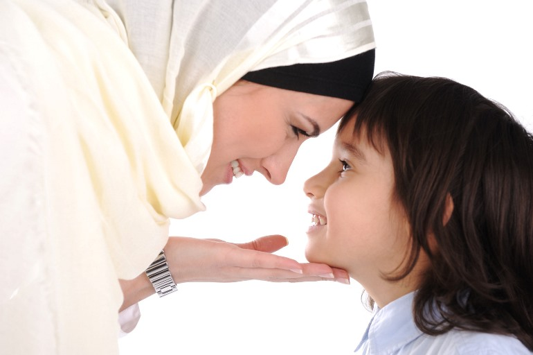 عوامل ایجاد گرایش به دین در فرزندان