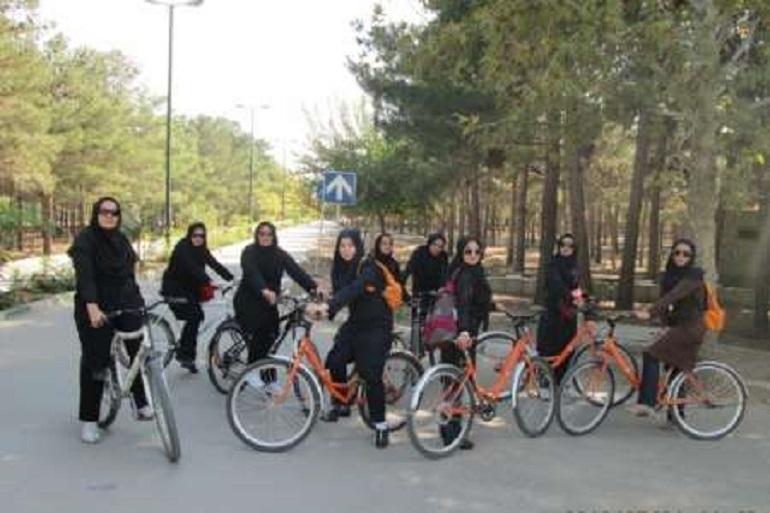 دوچرخه، بانوان، حجاب