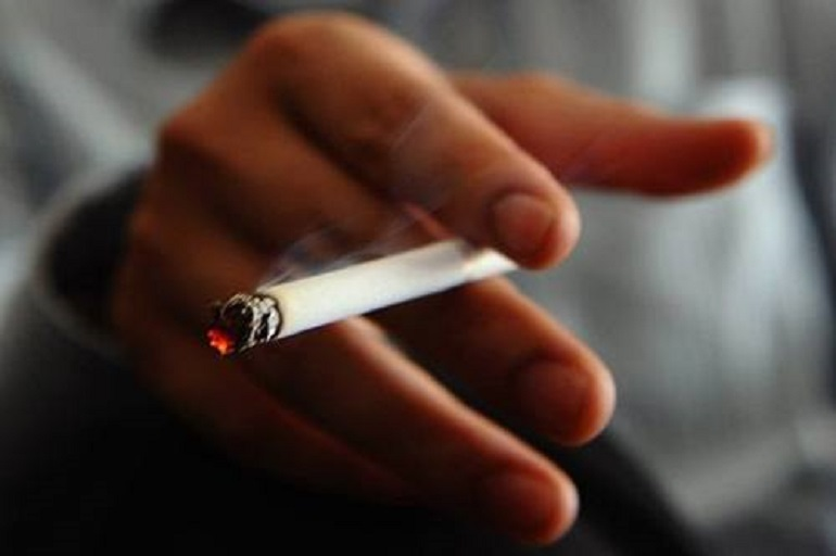 روزه، سیگار، قلیان