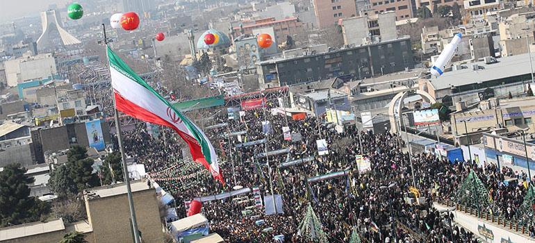 مردم در راهپیمایی ۲۲ بهمن جواب دشمنان داخلی و خارجی را خواهند داد