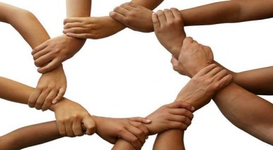 Colaborar para ajudar solucionar o problema dos outros