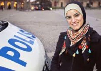 دونا جمال اولین پلیس محجبه