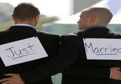 انحرافی از قبیل همجنس گرایی