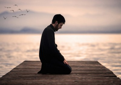 رابطه عمل صالح و عبادت