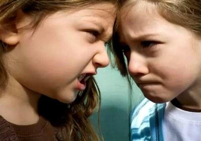 عصبانیت دختران